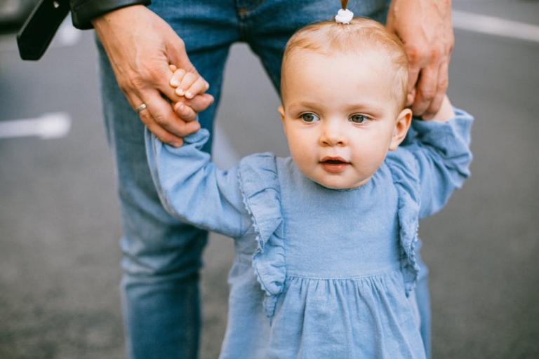 Cách chọn bình uống giữ nhiệt an toàn và chất lượng cho bé