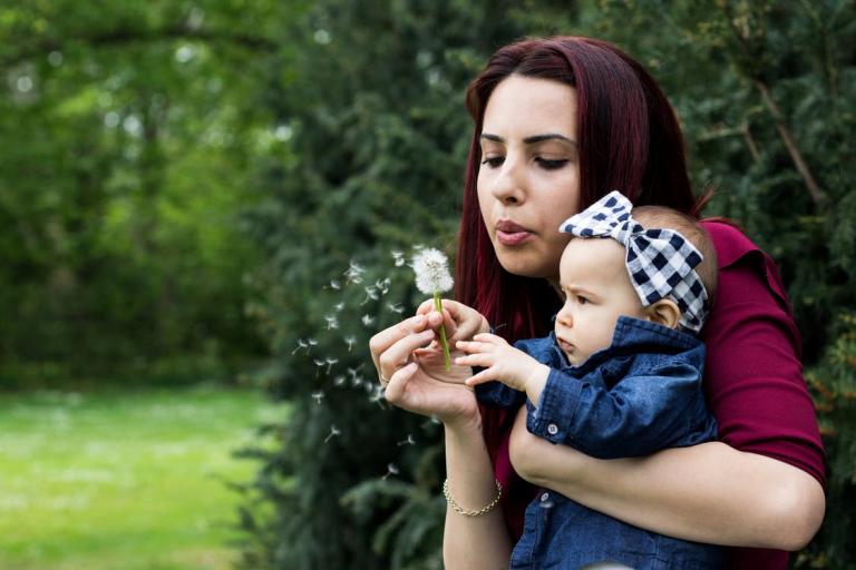 Bình sữa Tommee Tippee – Nâng niu nguồn sữa mẹ những giọt yêu thương cho bé