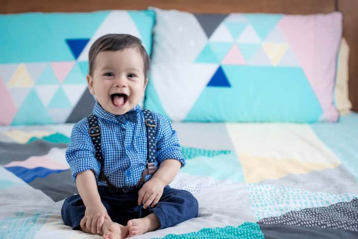 Trẻ 11 tháng tuổi: Sự phát triển và chế độ dinh dưỡng cho bé