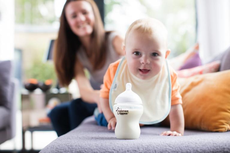 Sử dụng máy hâm sữa nào để rã đông được túi trữ sữa?